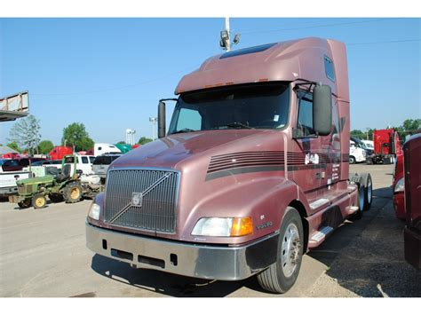buy truck volvo volvo vnl64t660 conventional trucks for sale used trucks