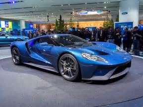 2017 ford gt takes advanced racing tech to the street video   kelley blue book