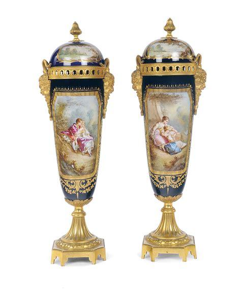 vasi sevres coppia di vasi in porcellana policroma sevres xix secolo