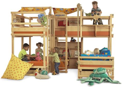 woodland bunk bed play bunk beds for large families from woodland kidsomania