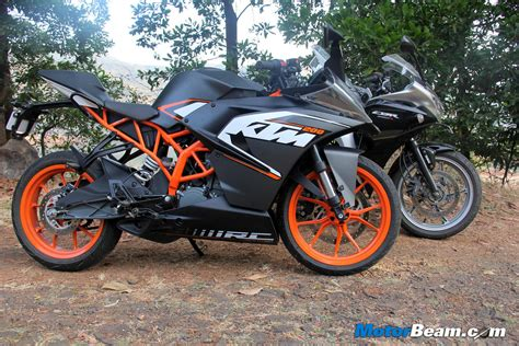 ktm vs honda ktm rc 200 vs honda cbr250r 07 faisal a khan flickr