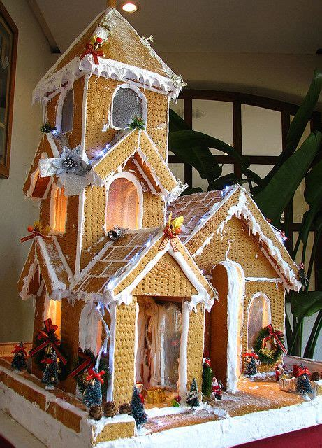 graham cracker house best 25 graham cracker gingerbread house ideas on pinterest gram cracker