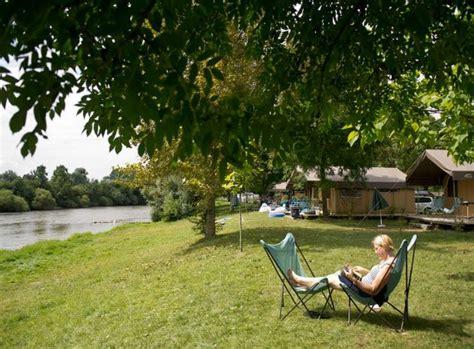 Camping Dans Le Doubs Avec Piscine