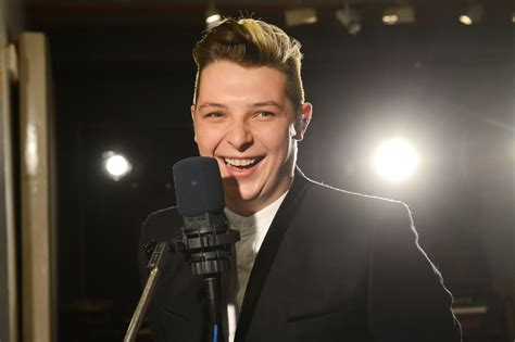 johnnewman hair cut how to newman hair style ryan whitney newman half up