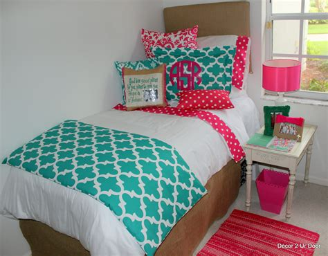red and teal bedroom teal and hot pink dorm room designs 2014dormroom