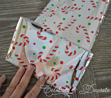 How To Make A Bag From Wrapping Paper - make a gift bag out of wrapping paper celebrate decorate