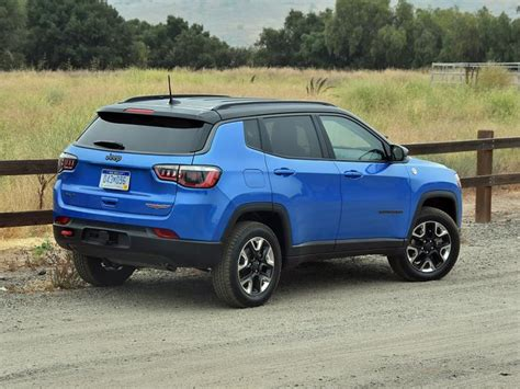 jeep trailhawk blue ratings and review 2017 jeep compass trailhawk ny daily