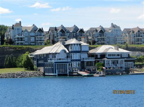 m v island hopper s log bay harbor mi