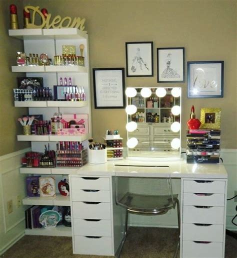 Harga Make Vanity 17 best ideas about makeup vanity desk on