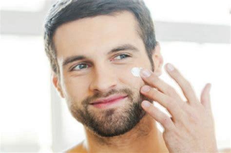 Vaseline Pelembab Wajah Pria perawatan wajah pria agar tak cepat keriput