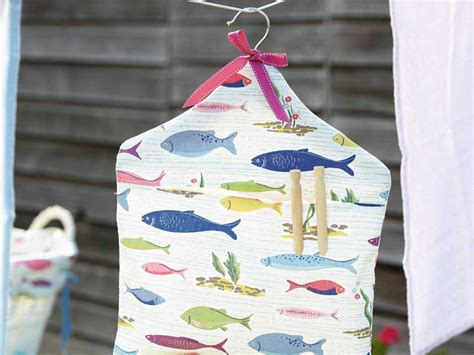 make a laundry how to make a peg bag to hang on your washing line
