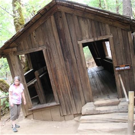 house of mystery oregon house of mystery at the oregon vortex 18 photos landmarks historical buildings