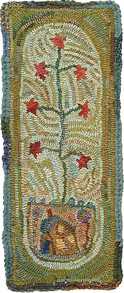 traditional rug hooking patterns 406 best traditional rug hooking images on rag rugs rug hooking patterns and wool rugs
