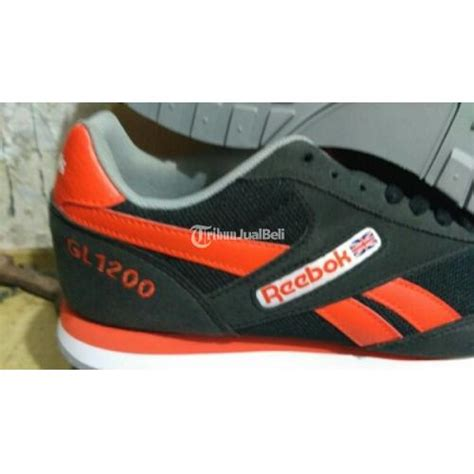 Harga Sepatu Reebok Warna Hitam sepatu reebok classic warna hitam original murah cirebon