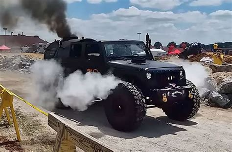 hauk designs steam jeep loco hauk is an outrageous steam powered jeep jk 6