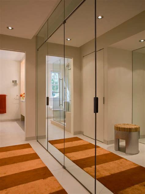 wand mit spiegel gestalten spiegelwand in der wohnung 42 coole ideen archzine net