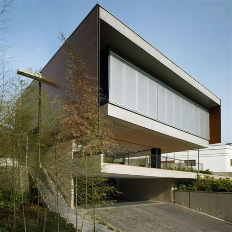 couture house bv house biselli katchborian architects archdaily