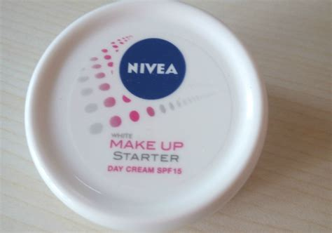 Pelembab Wardah Day pelembab nivea white make up starter day