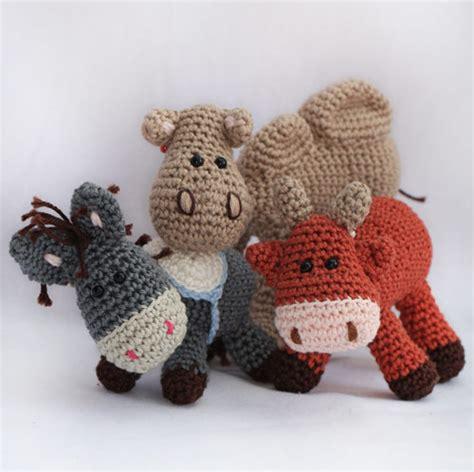 amigurumi nativity pattern nativity set donkey ox and camel amigurumi pattern by