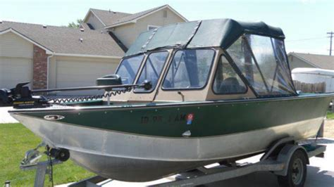 hewes boats usa hewescraft river runner 1999 for sale for 18 900 boats