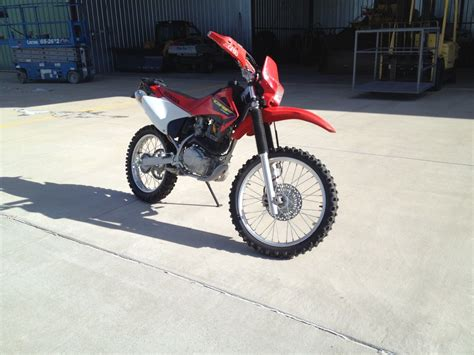 Honda 250 Dirt Bike by Honda Crf230f Dirt Bike Electric Start Lights 250 400
