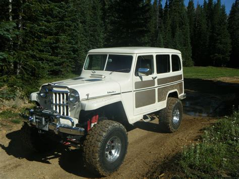 jeep station wagon lifted willys wagon 4x4 4x4 and jeeps