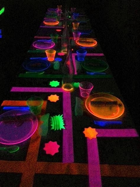 glow in the dark table glow in the dark party table setting glow in the dark