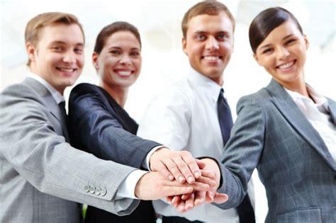 Imagenes Gratis Gente Trabajando | gente de negocio trabajando juntos descargar fotos gratis