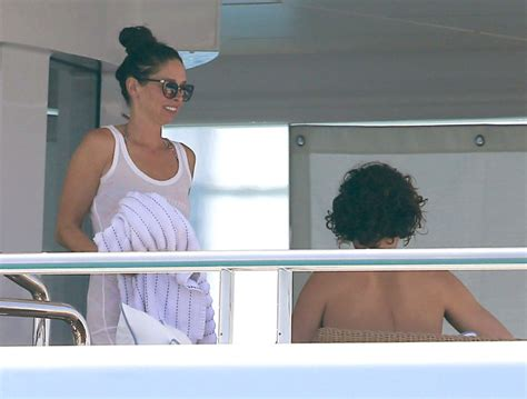 orlando bloom erica packer another shot fired in the bieber bloom feud the blemish