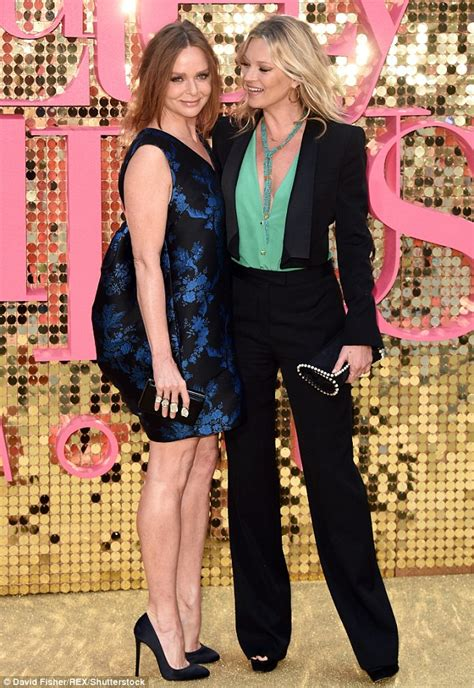 44 year old style kate moss joins stella mccartney for premiere of
