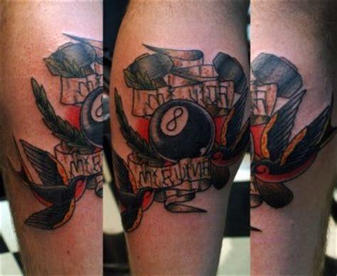 tattoo shops in eagle pass tx tatuaje de la bola 8 con golondrinas martillos y etiquetas