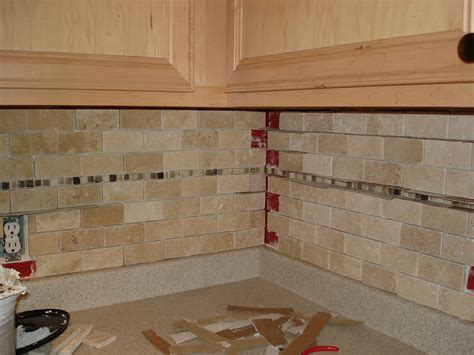 How To Do A Kitchen Backsplash Tile 187 Tutorial Tile Kitchen Back Splash
