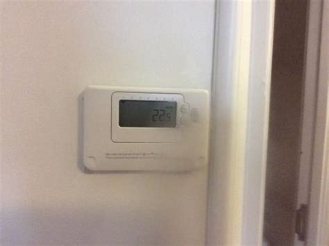 room temperature in k room temperature picture of premier inn bedford priory marina hotel bedford tripadvisor