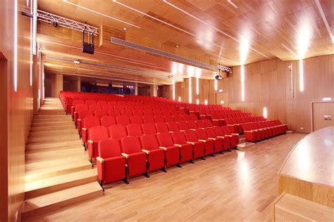 poltrone auditorium auditorium privato roma lcf poltrone per cinema