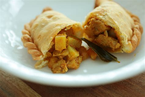 Chicken Curry Puff the meatmen your local cooking channel