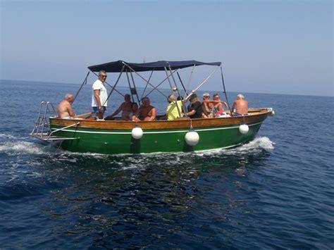 boat car rental hire a boat in castellabate gozzo8 cilento car rental in