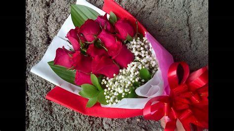 Tuspin Mawar 2 Warna rangkaian bunga mawar cantik berbagai warna