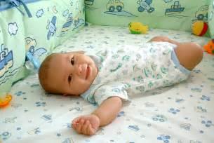 Babies In Crib Beb 233 La Enciclopedia Libre