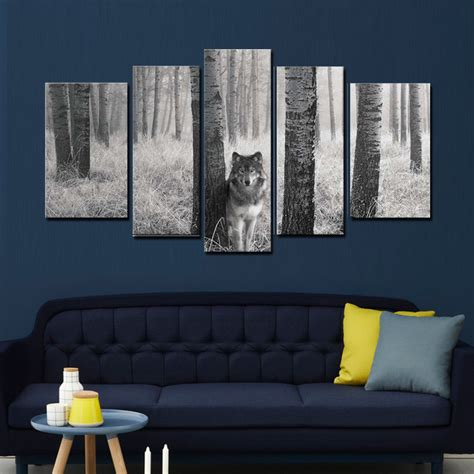 5 panel wall painting watchful wolf in the