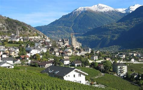 Servië Zwitserland Cham Switzerland Pictures And And News Citiestips