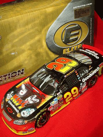 Special Diecast Nascar Chevy Rock N Roll Program Car 2004 Monte Carlo kevin harvick 2004 chevrolet 1 24 rcca elite only 1 500 made