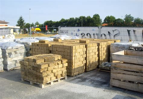 mattoni in tufo per giardino mondial pietre