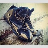 black-and-gold-lebron-11