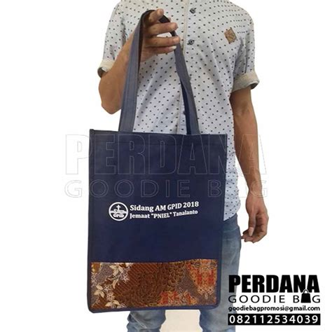 souvenir tas spunbond batik sulawesi perdana goodie bag