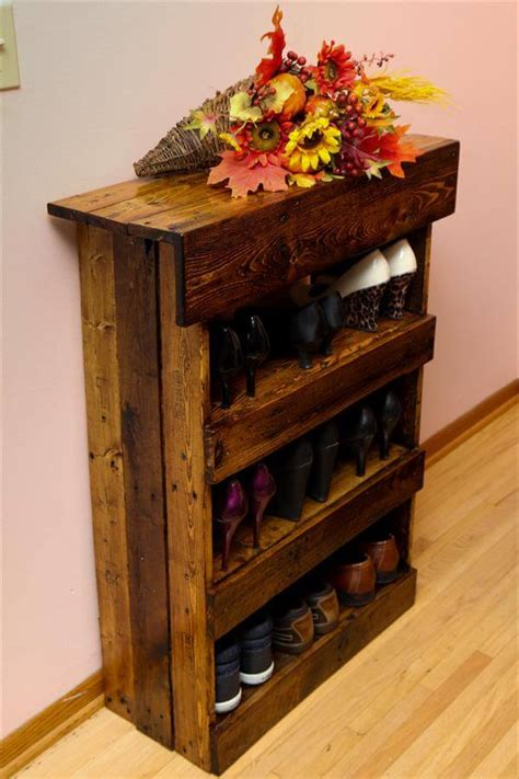 diy wood shoe rack diy aged pallet shoe rack 101 pallets
