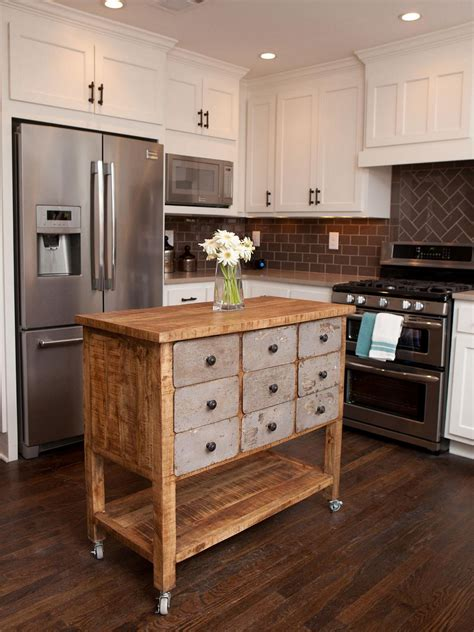 Kitchen With An Island Diy Kitchen Island Ideas And Tips