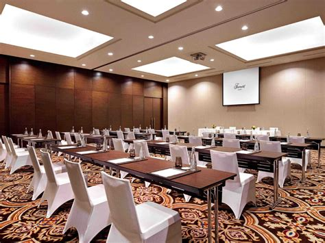 meeting room hotel jakarta fairmont jakarta ballroom venuerific indonesia