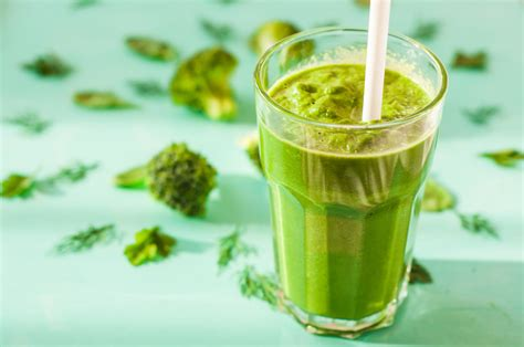 Broccoli Smoothie Detox by Healthy Broccoli Spinach Smoothie With Apple