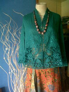 Kebaya Selendang Kamisol Knf 960 ipmi trend show 2015 stephanus hamy the actual style is inspiration