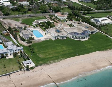 trump house palm beach donald trump property sold palm beach